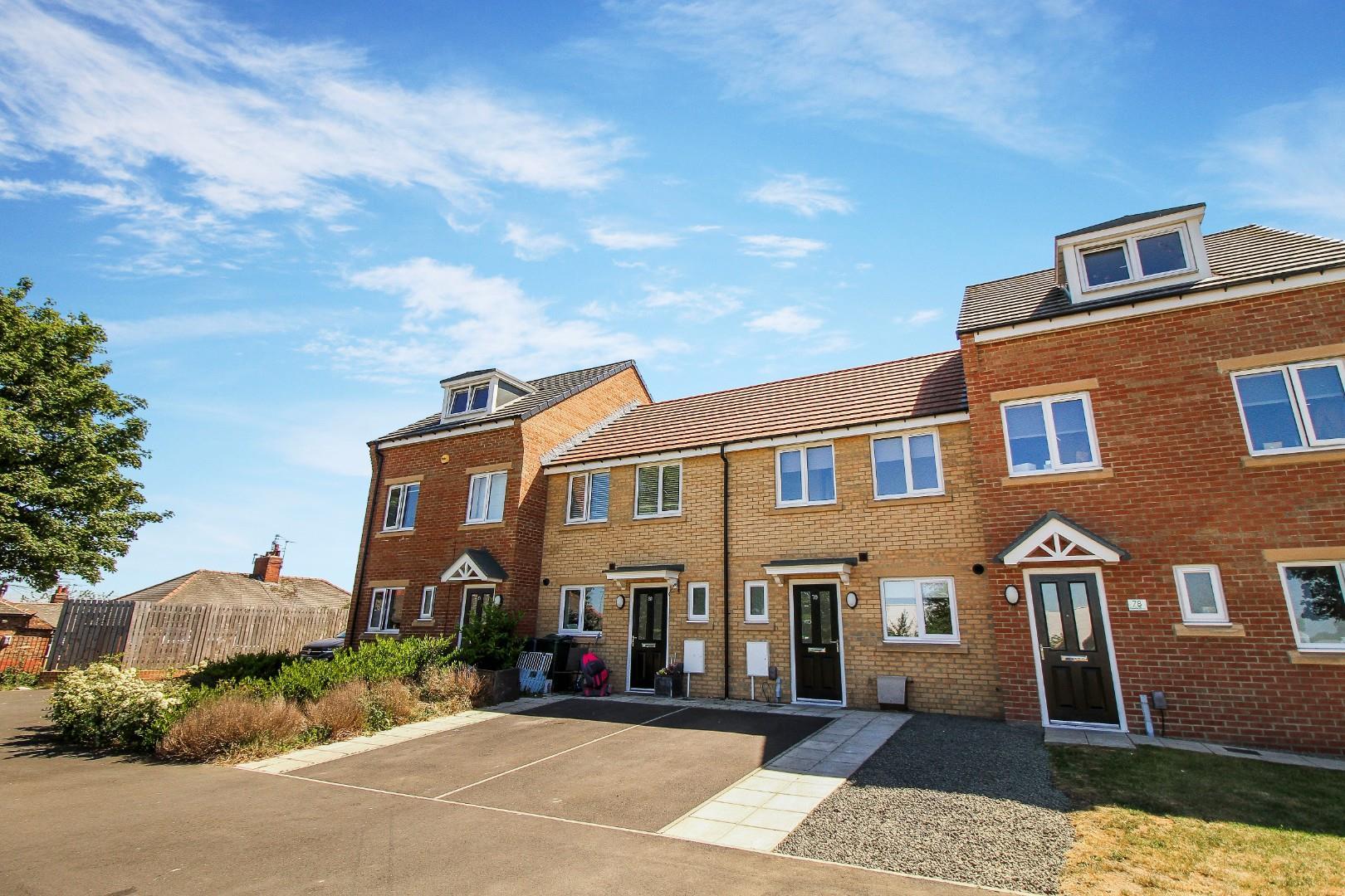 2 House - Terraced